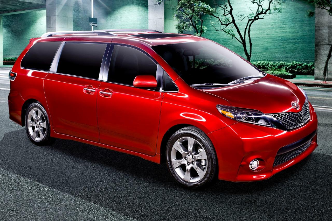 2015 toyota sienna passenger minivan se premium 8 passenger fq oem 2 1280